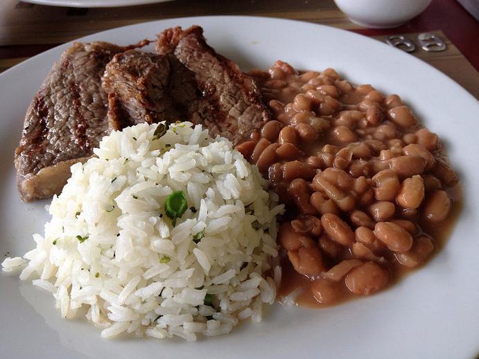 bife-arroz-feijao