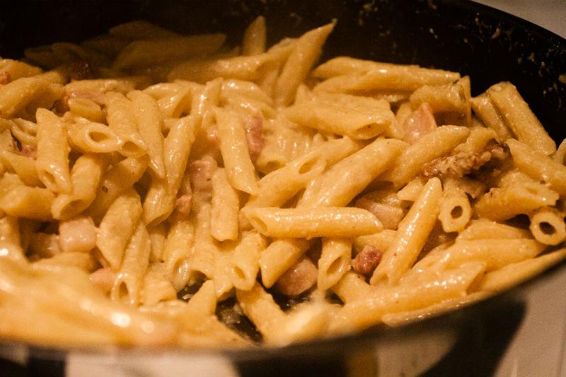 nozes-pancetta