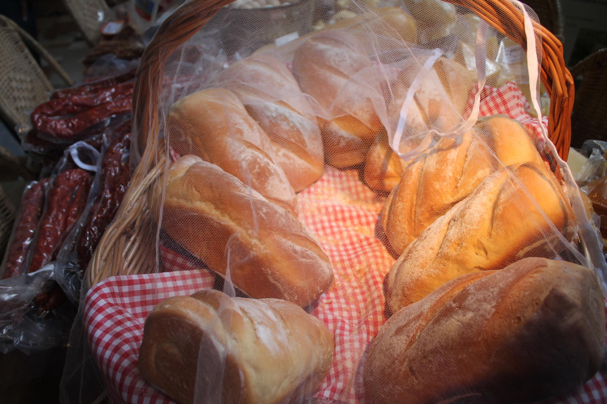 Bendito seja o pão da Fazenda Aracatu! Olha essa luz!
