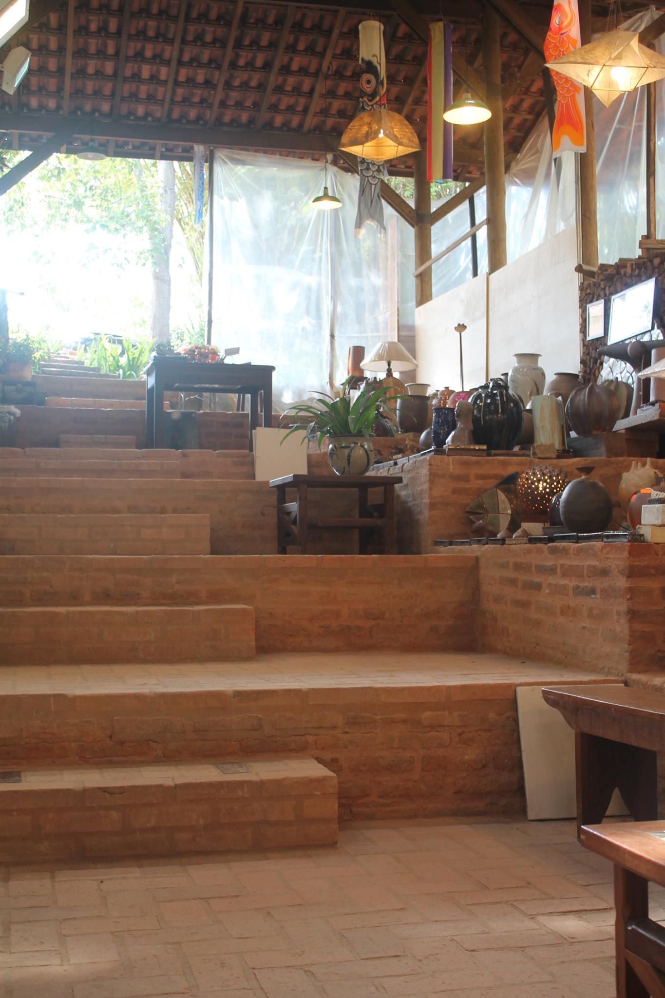 suenaga-e-jardineiro-escadas